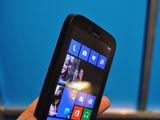 诺基亚Lumia 822机身细节第7张图