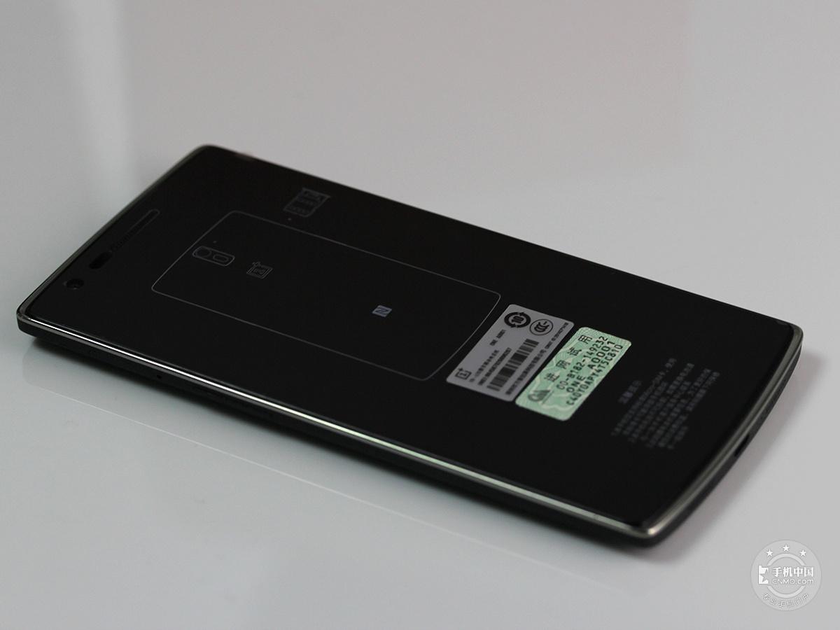 一加手机(JBL特别版)整体外观第6张