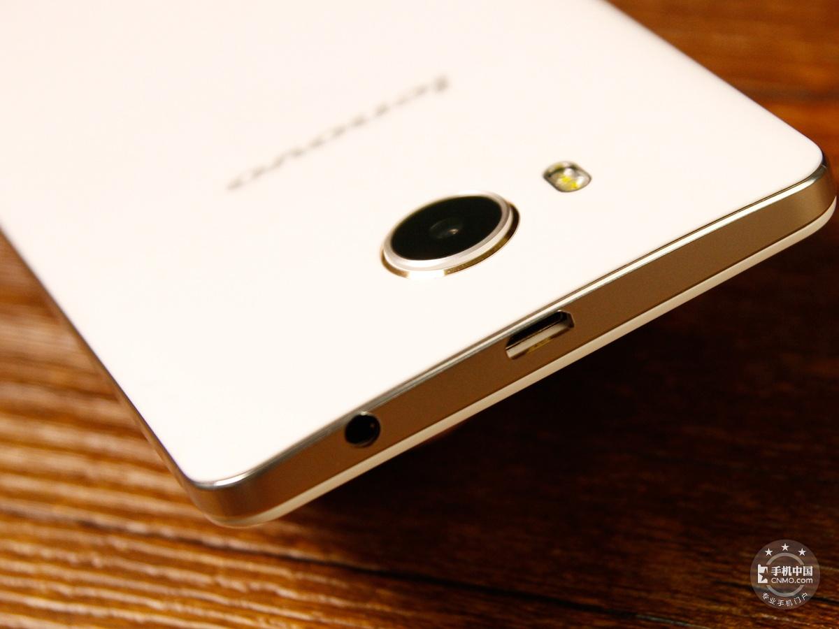联想黄金斗士S8畅玩版(移动4G/16GB)机身细节第3张