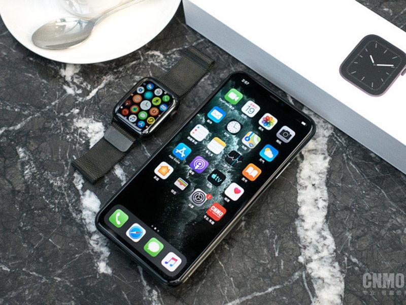 苹果iPhone11ProMax(64GB)整体外观第1张