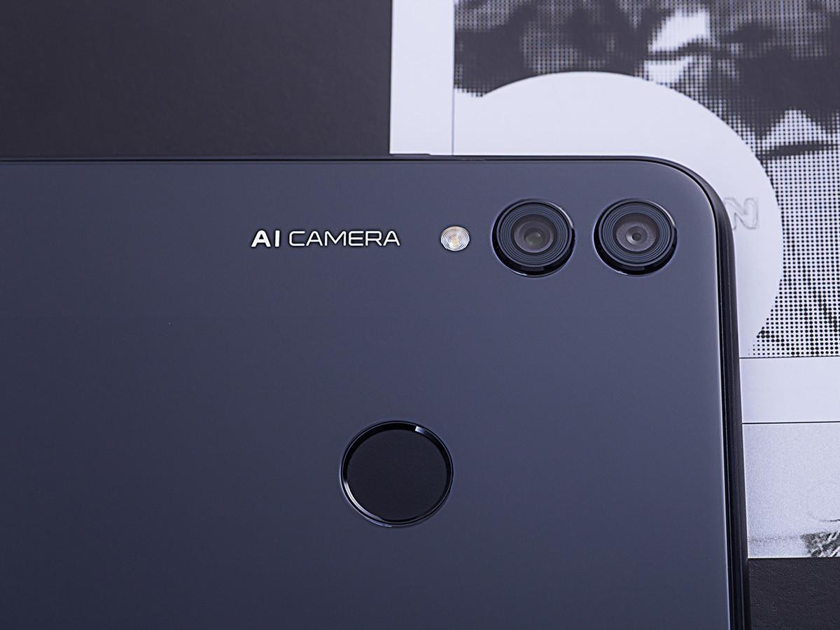 荣耀8X(4+64GB)机身细节第8张