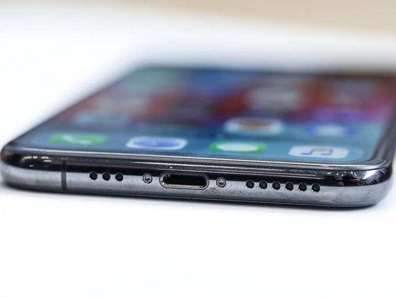 苹果iPhoneXS(512GB)机身细节第7张