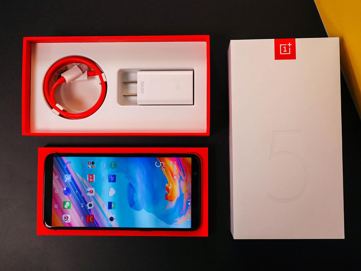 一加手机5T(64GB)整体外观第3张