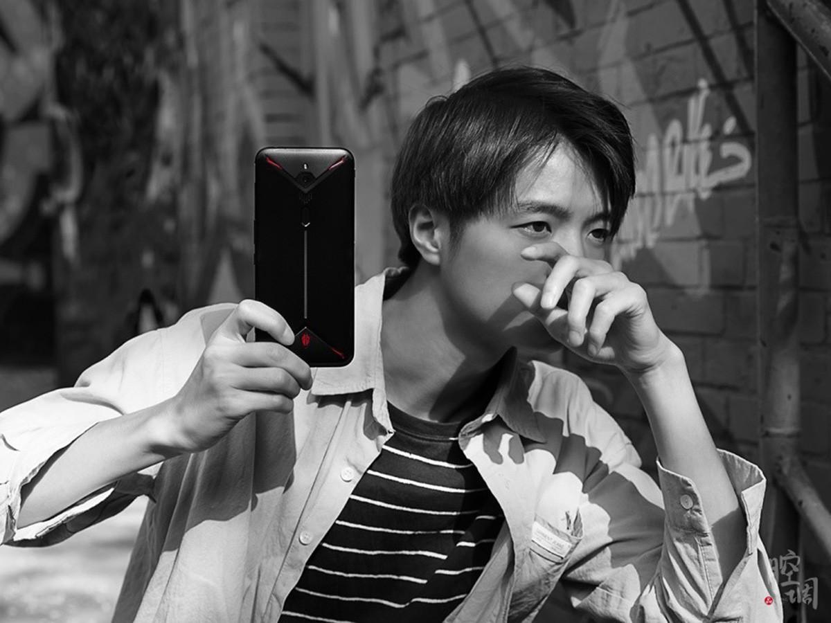 努比亚红魔3电竞手机(8+128GB)时尚美图第2张