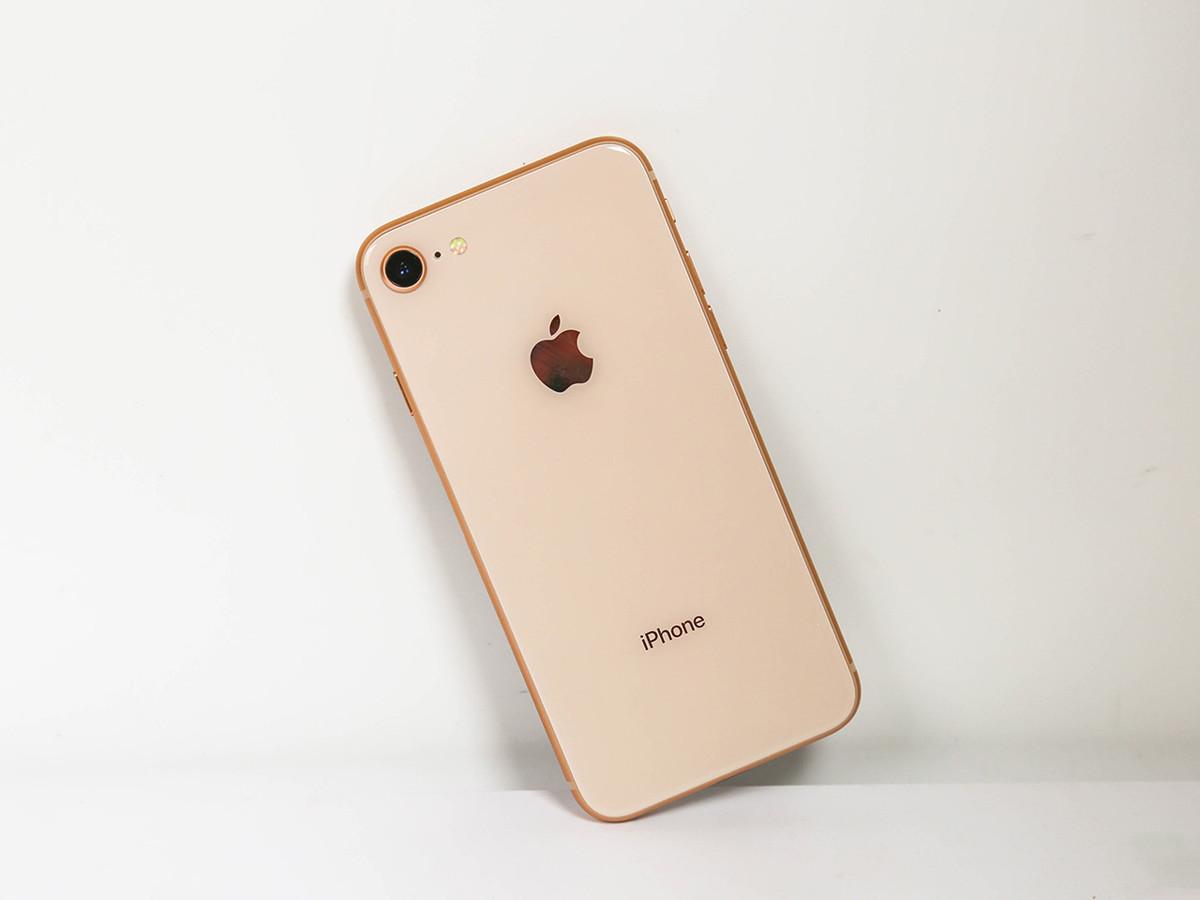 苹果iPhone8(256GB)整体外观第3张
