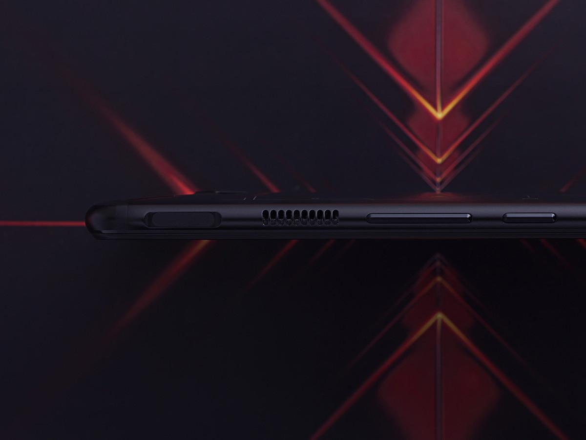 努比亚红魔3电竞手机(12+256GB)机身细节第8张