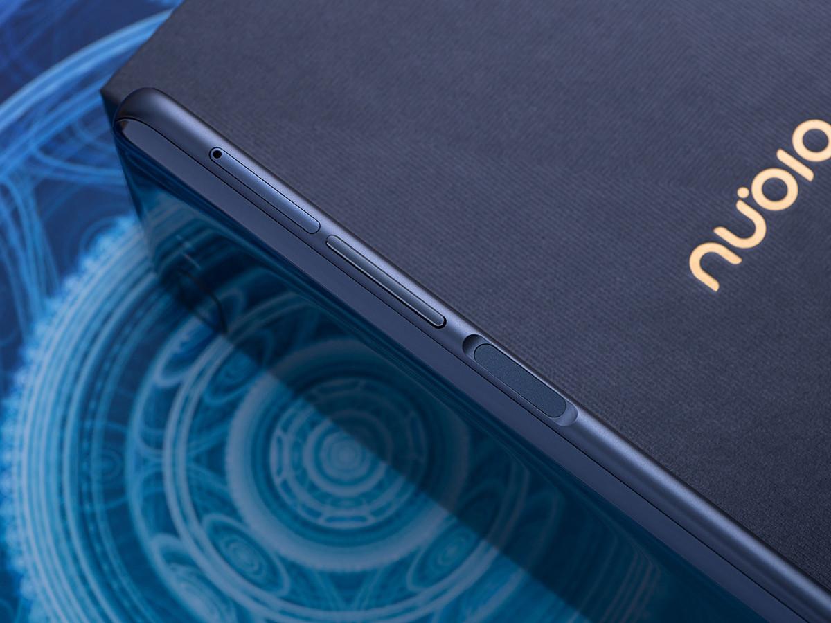努比亚X(128GB)机身细节第3张