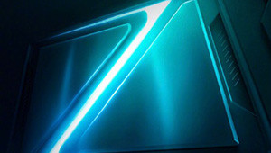 【vivo Z5x】vivo Z5x配��6.53英寸挖孔屏,挖孔位于屏幕的左上角。�榱��砀�持久的�m航,vivo Z5x�戎靡�K5000mAh大�池,手�C厚度�t��8.x,手感方面���能�人接受。 vivo的Z系列主打�上高性�r比手�C,因此vivo Z5x在售�r方面���比�^�H民。在配置上,目前��C已��_定配��5000mAh�池,如果搭配一��功耗不�e的�理器,那么��C的�m航表�F�����非常不�e。